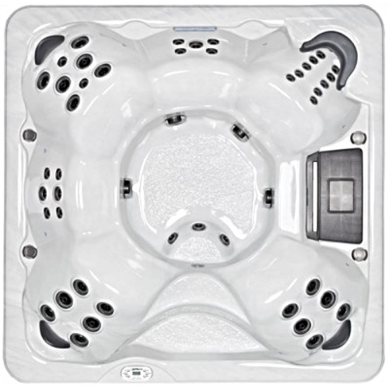 880S Hot Tub