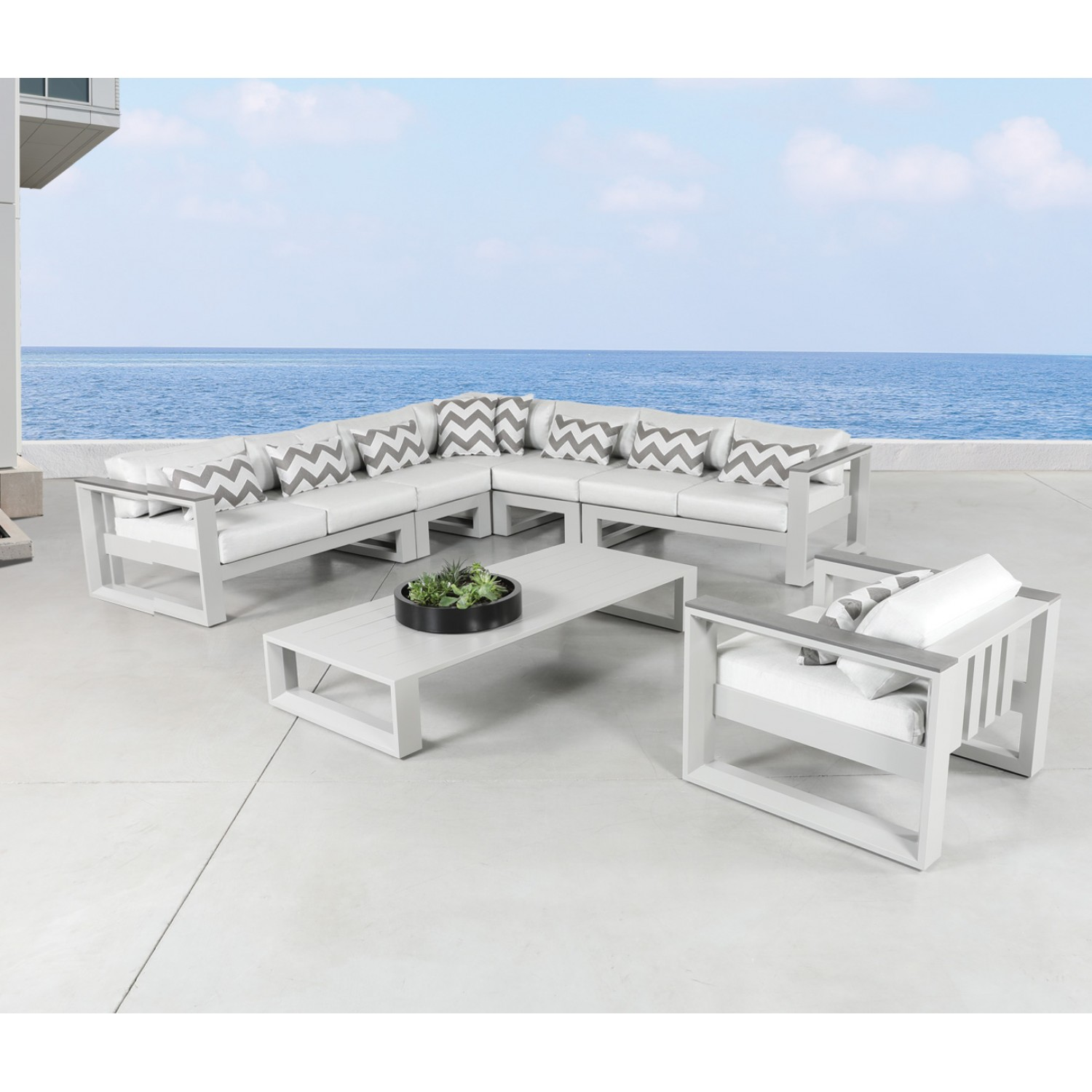 Belvedere Outdoor Sectional