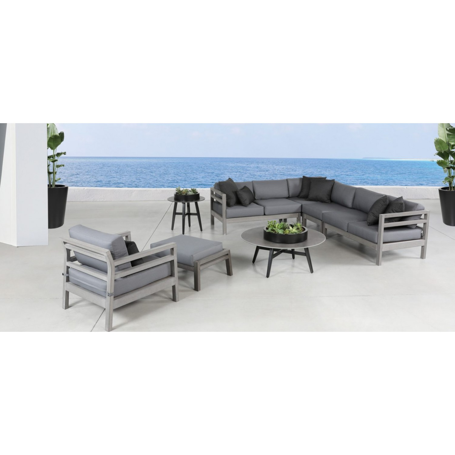 Landing Outdoor Sectional