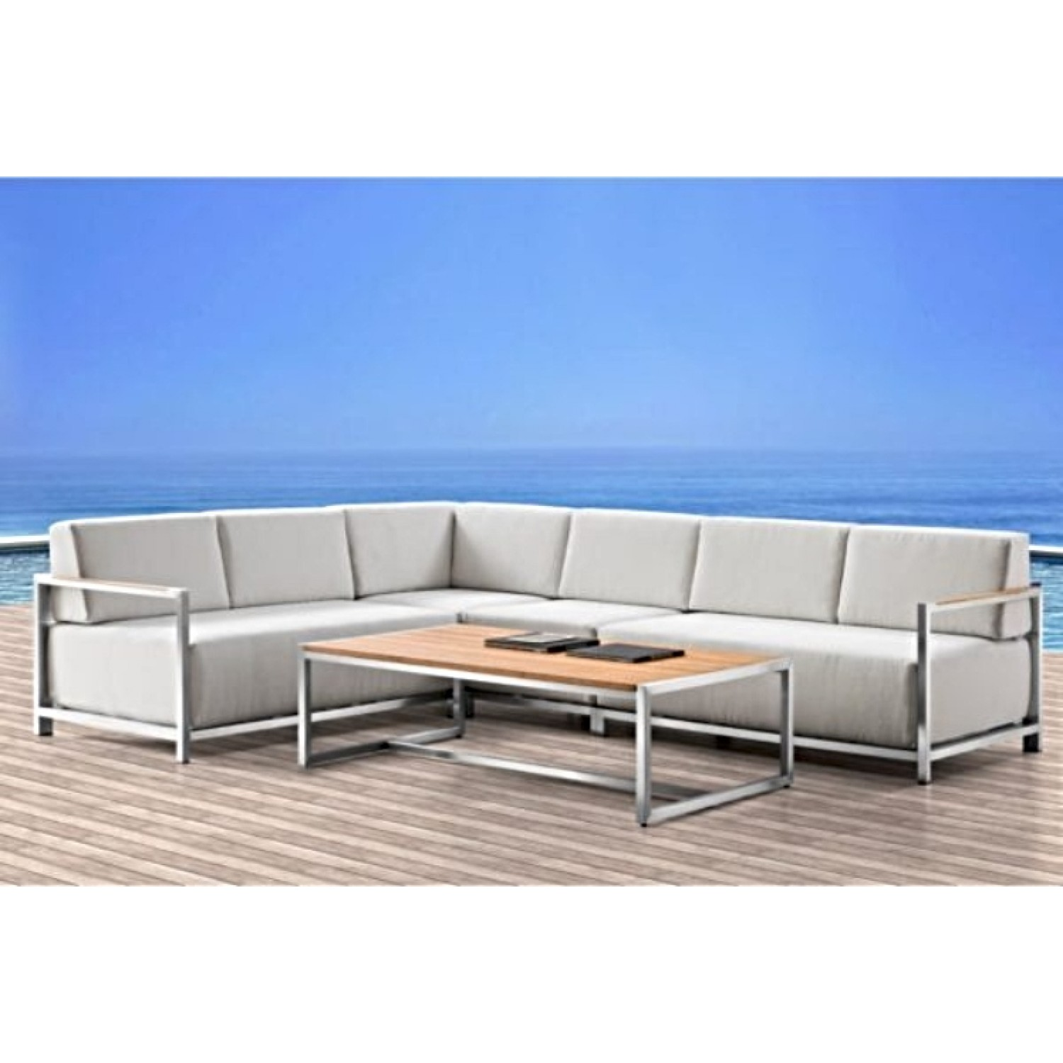 Acacia Lux Outdoor Sectional