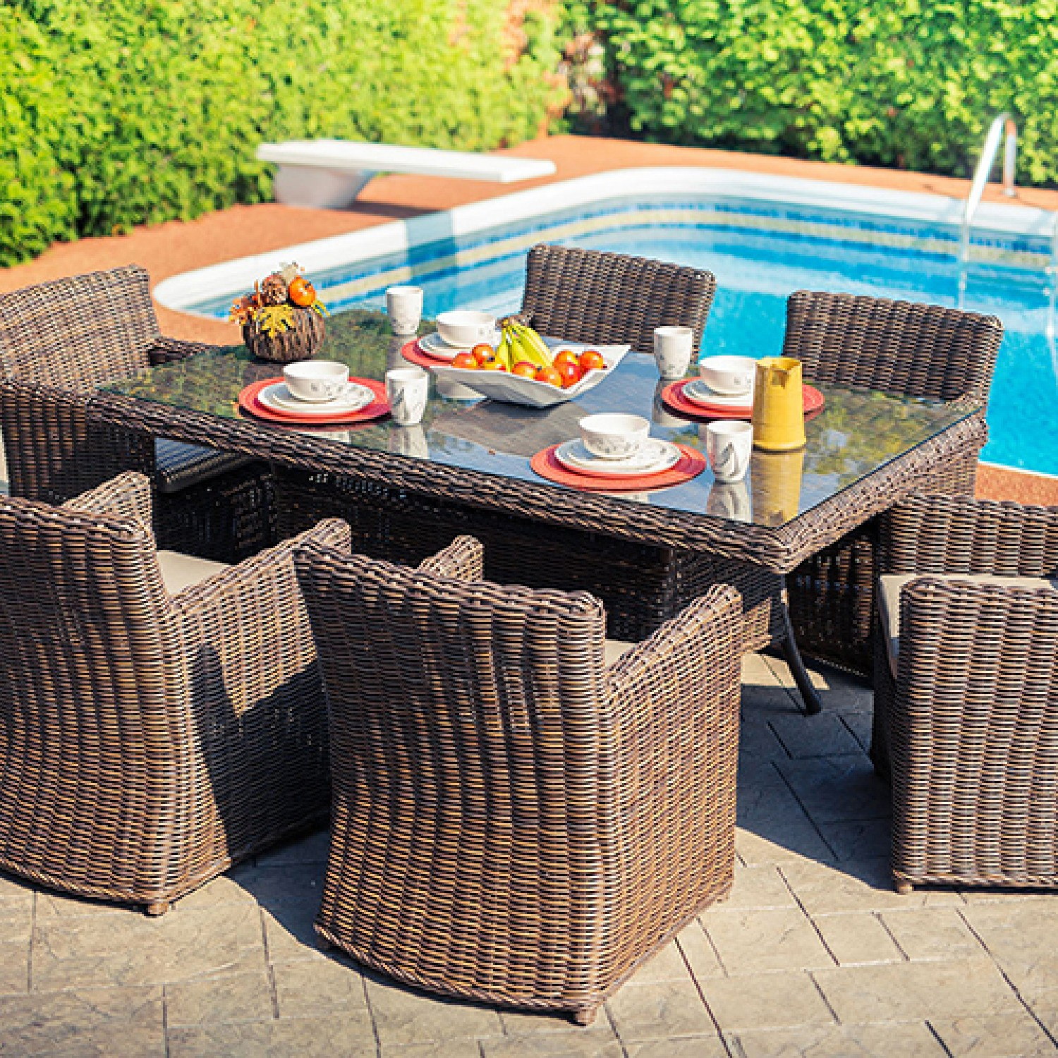 Cedar Outdoor Dining Set
