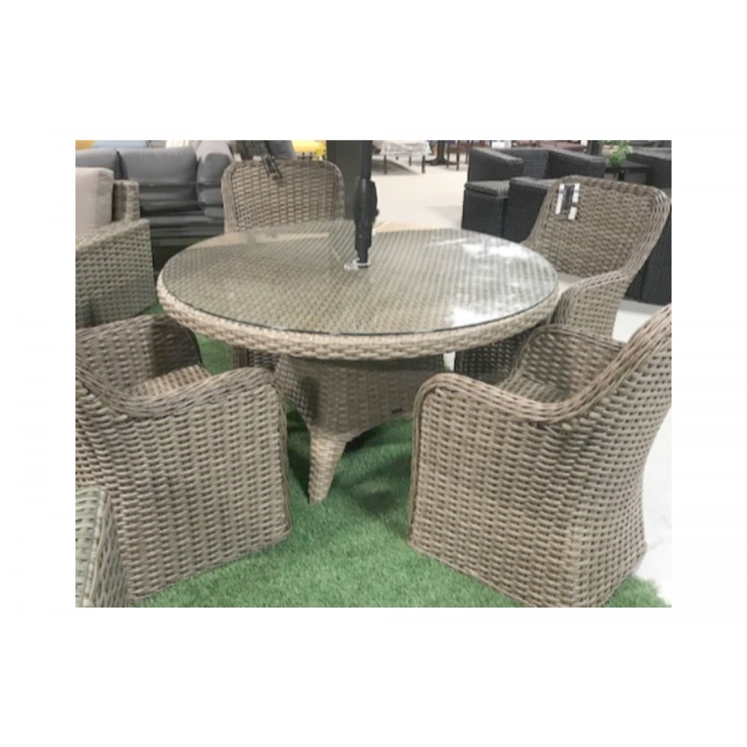 Dune Outdoor Dining Set Blonde
