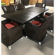 Elora Outdoor Dining Set