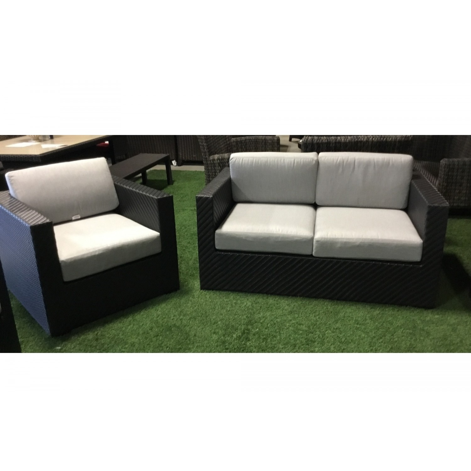 Brooklyn Outdoor Love Seat Set