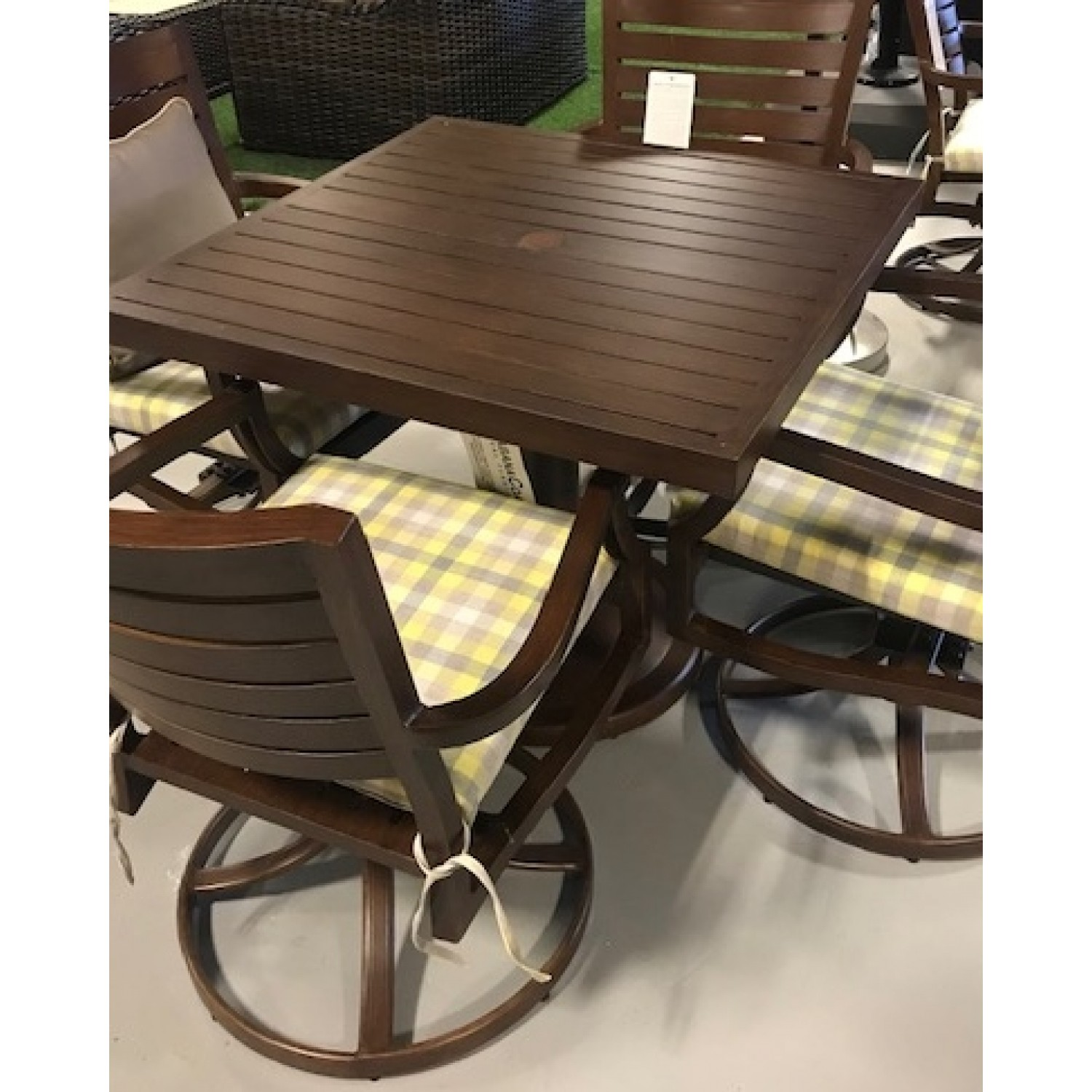 Mission Outdoor Dining Set