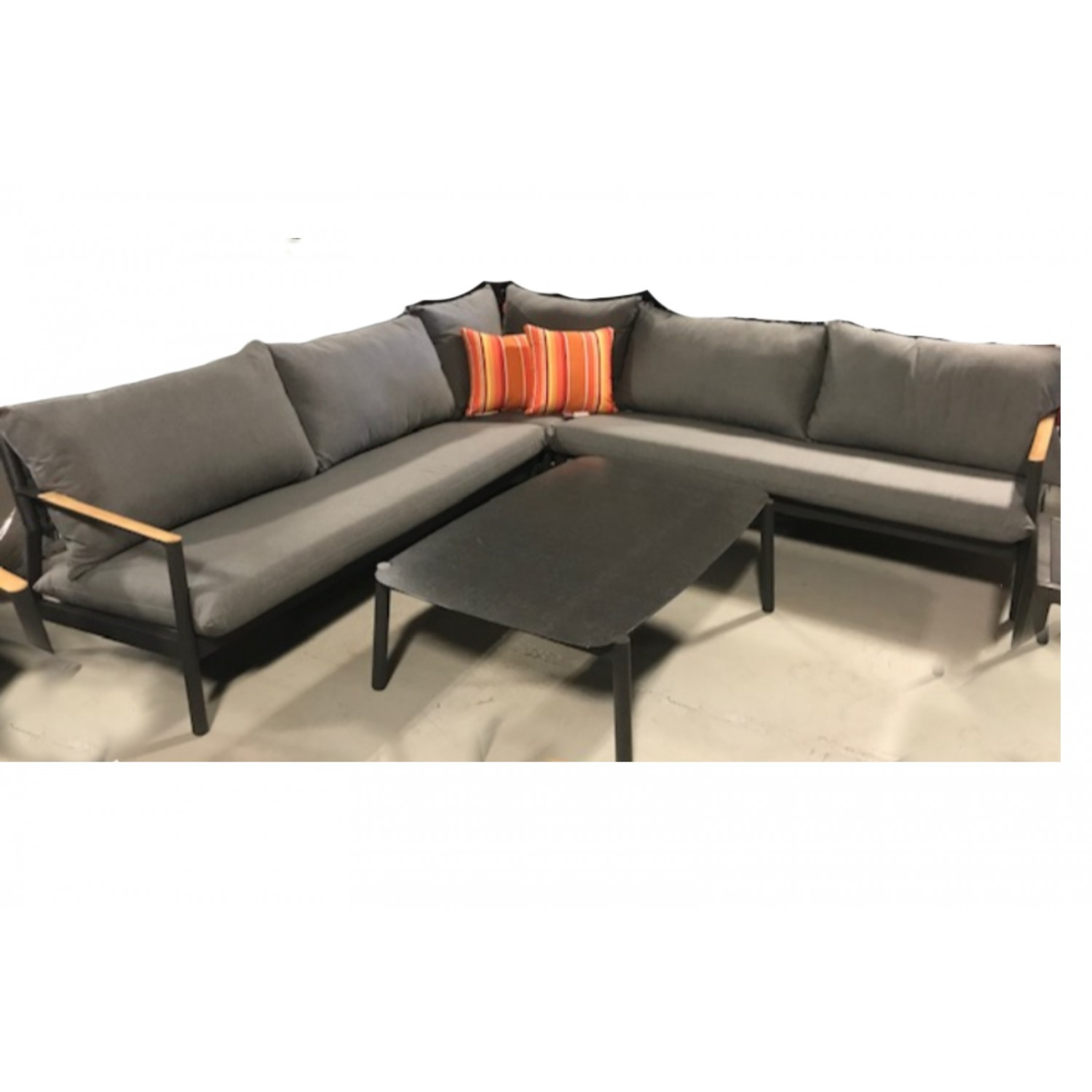 Monti Outdoor Sectional
