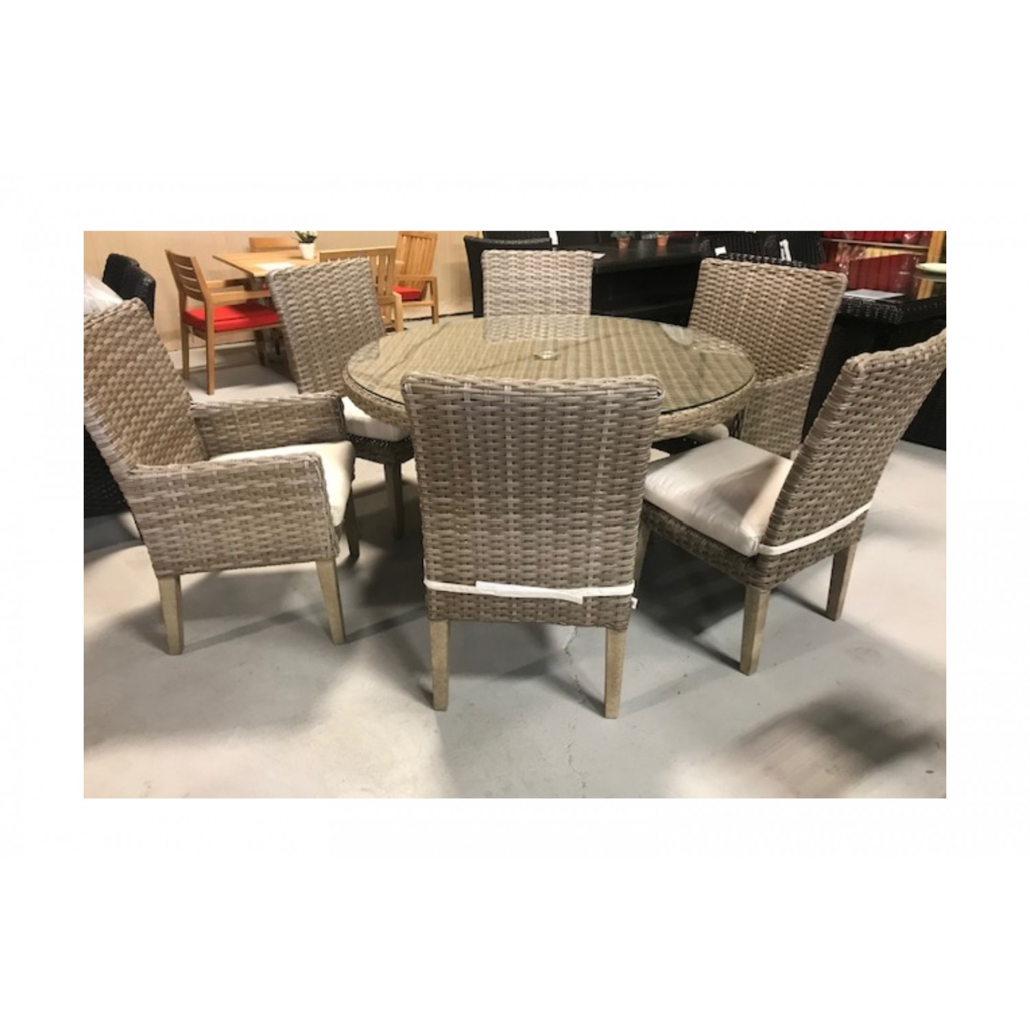 Pacific Outdoor Dining Set