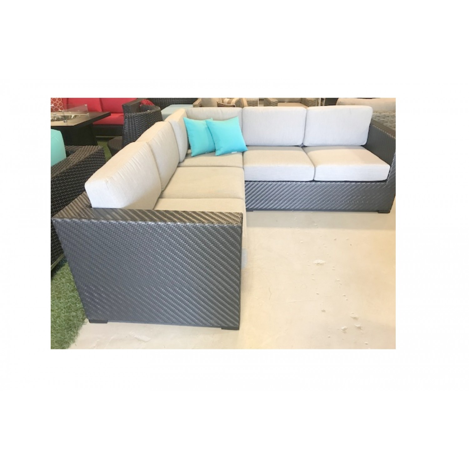 Skyway Outdoor Sectional