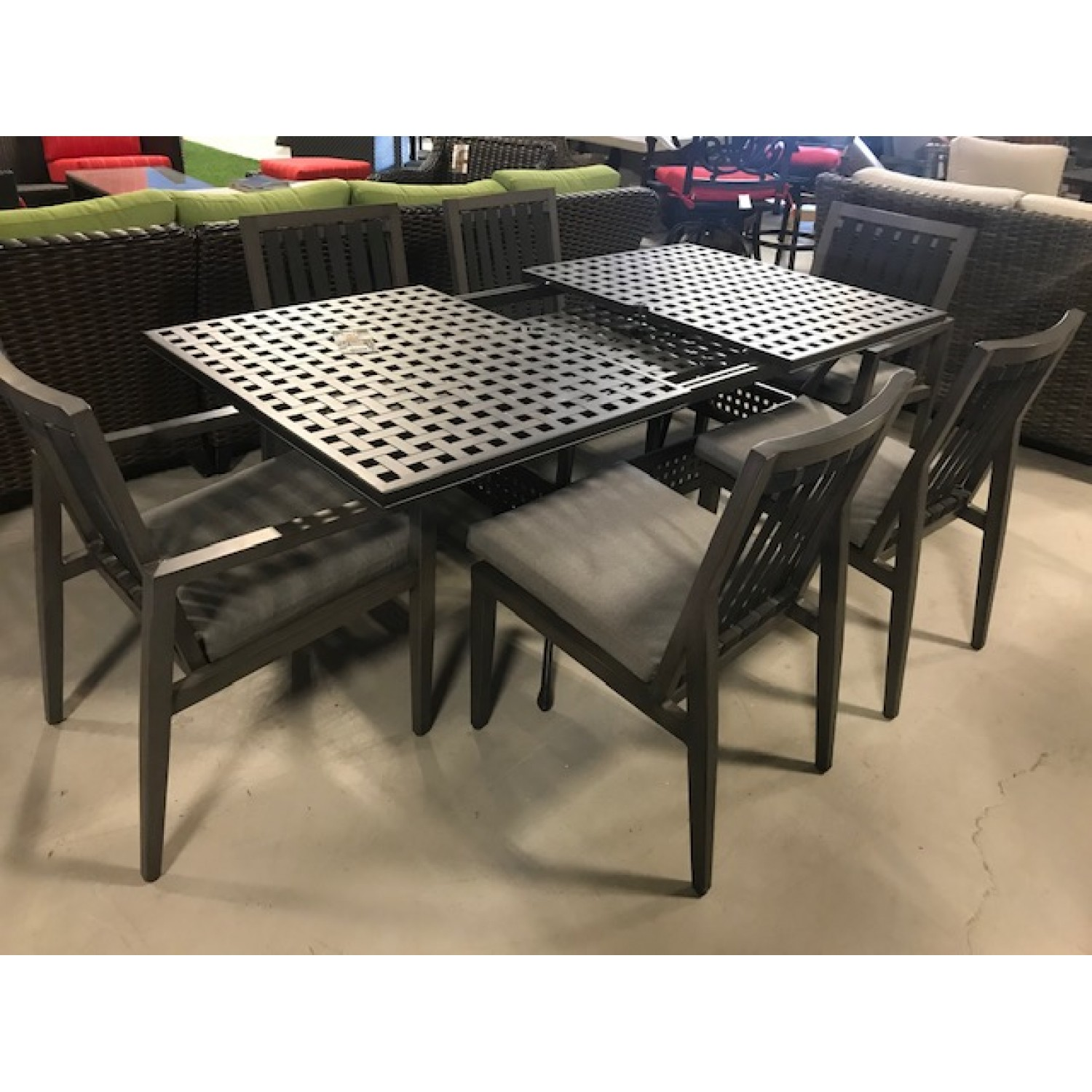 Studio Outdoor Dining Set