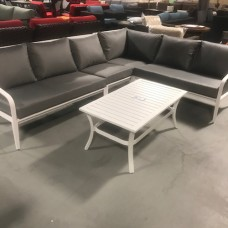 Ultra Outdoor Sectional